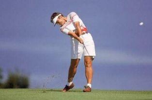 Mette als de Chairman van de Ladies European Tour geïnterviewd tijdens de Evian Masters 2002